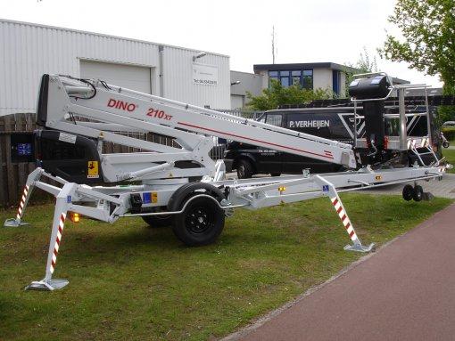 Подъемник Dino 210XT
